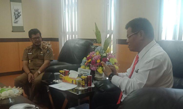Rektor UNM Prof Husain Syam bersama Kepala Dinas Pendidikan Sulsel, Irman Yasin Limpo